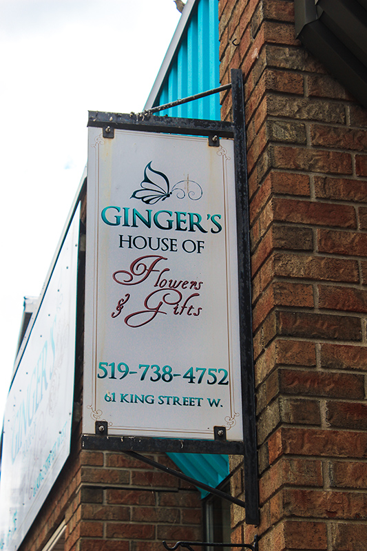 Ginger's House of Flowers & Gifts logo